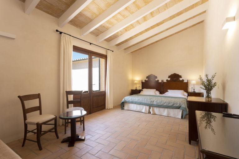 Room 2: Algaida